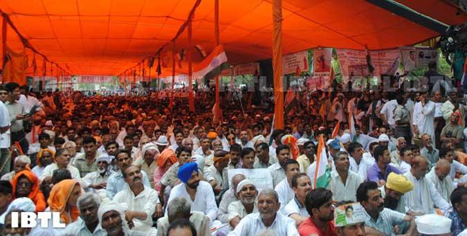 revolution, india arvind kejriwal, anna, ramdev, gen v k singh, guwahati, ramleela maidan