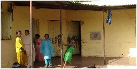 खानाबदोश समाज, यमगरवाडी आश्रमशाला, भटके विमुक्त विकास प्रतिष्ठान