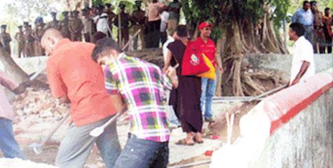 वरिष्ठ मुस्लिम पत्रकार, सिंहलियों, श्रीलंकाई बौद्धों, दरगाह