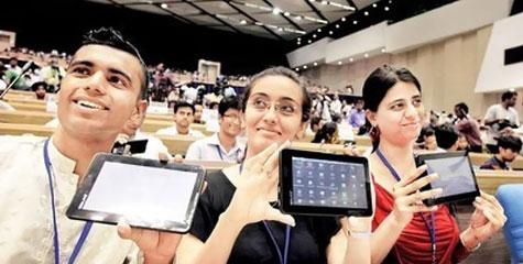 टैब, 1100 रुपये, आकाश टैब, यूबीस्लेट, आइआइटी, राजस्थान