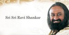 श्री श्री रविशंकर, ट्वीट, उत्तर प्रदेश, दिग्विजय सिंह, कांग्रेस, बीजेपी, सोनभद्र, सुल्तानपुर, IBTL