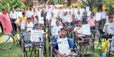 disabled, tricycle, bulandshahr, salman khursheed, louis khursheed, congress, NGO scam, ibtl